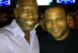 Anthony Anderson At NY Giant Justin Tuck's R.U.S.H. For Literacy Benefit
